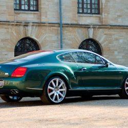 Bentleyhintenrechts